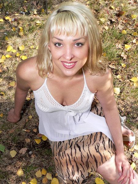 Beautiful women photos - Ukrainianmarriage.agency