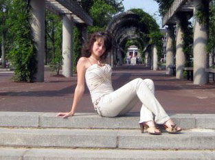 Ukrainianmarriage.agency - Personal ads with free photos