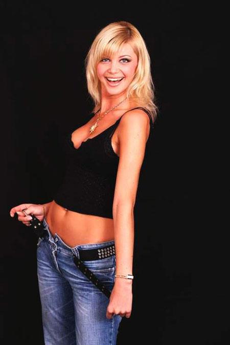 Sexy lady with the pretty - Ukrainianmarriage.agency
