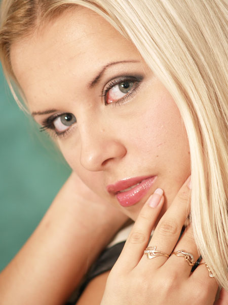 Young beautiful - Ukrainianmarriage.agency